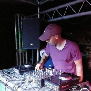 DJ Ace  Essential (Afro House Mix) mp3 download